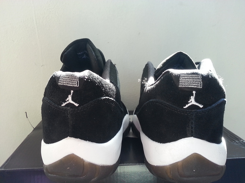 2015 Jordan 11 Low Black White
