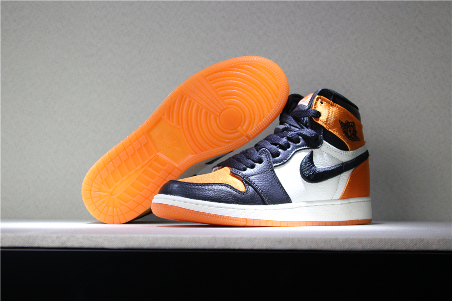 Air Jordan 1 Satin Shattered Backboard Black Starfish Sail Black
