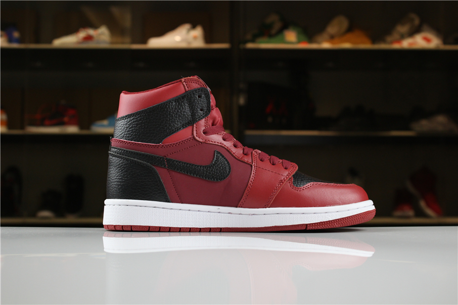 New Air Jordan 1 Mid Reverse Banned
