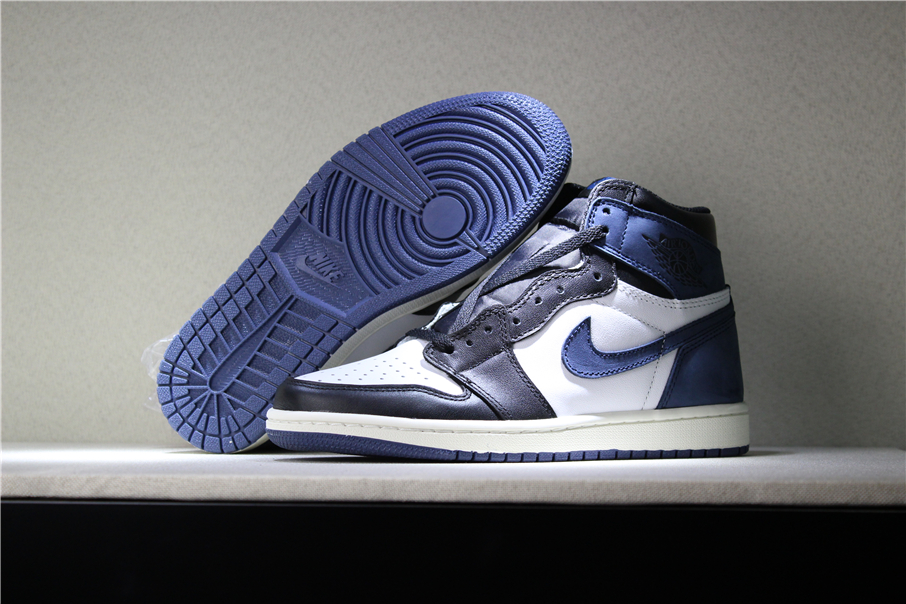 New Air Jordan 1 Retro High OG Blue Moon