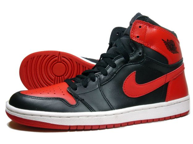 Claasic Air Jordan 1 Black Varsity Red White Shoes