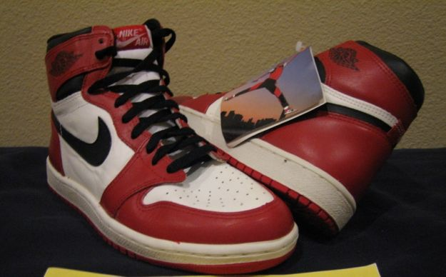 Claasic Air Jordan 1 Original 1985 White Black Red White Shoes