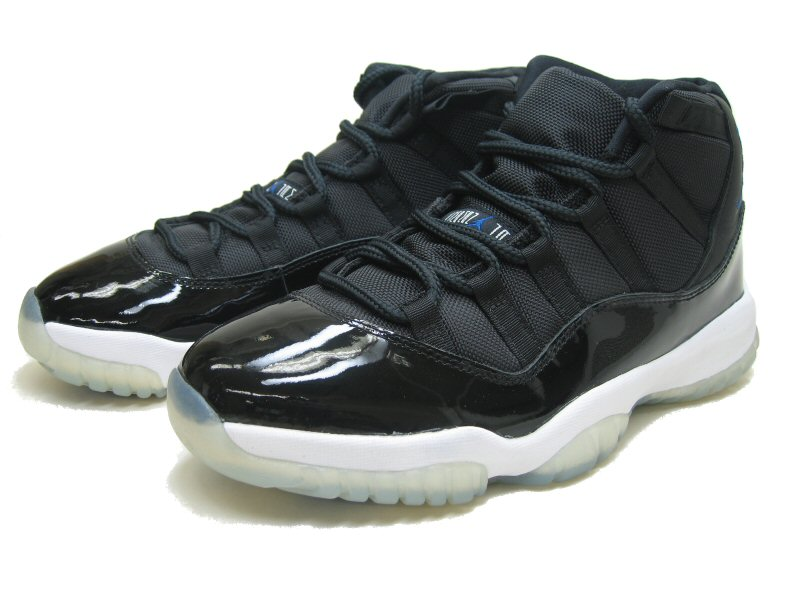 classic air jordan 11 retro space jams black white shoes